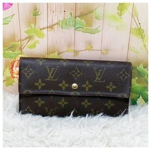 Authentic Louis Vuitton International Wallet